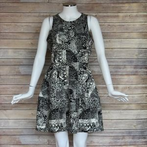 BCBG B&W Sunflower Print Dress - Sz Medium M